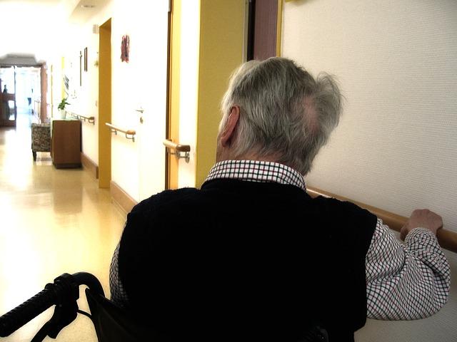 muž na vozíku